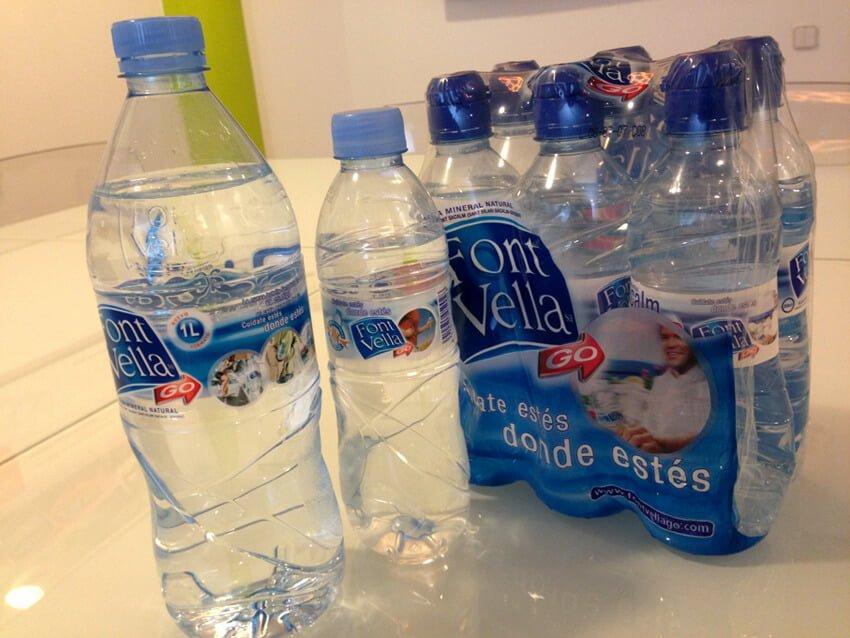 """Agua Font Vella go - El branding y sus """"parecidos asombrosos"""""""
