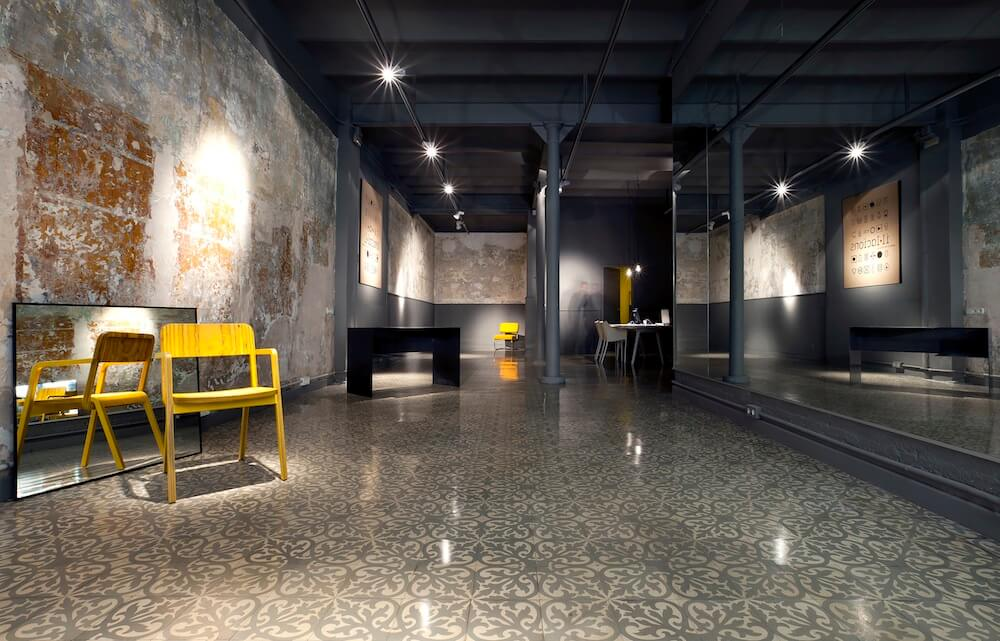 ilacions sofa - Il·lacions, la primera galería de diseño de Barcelona