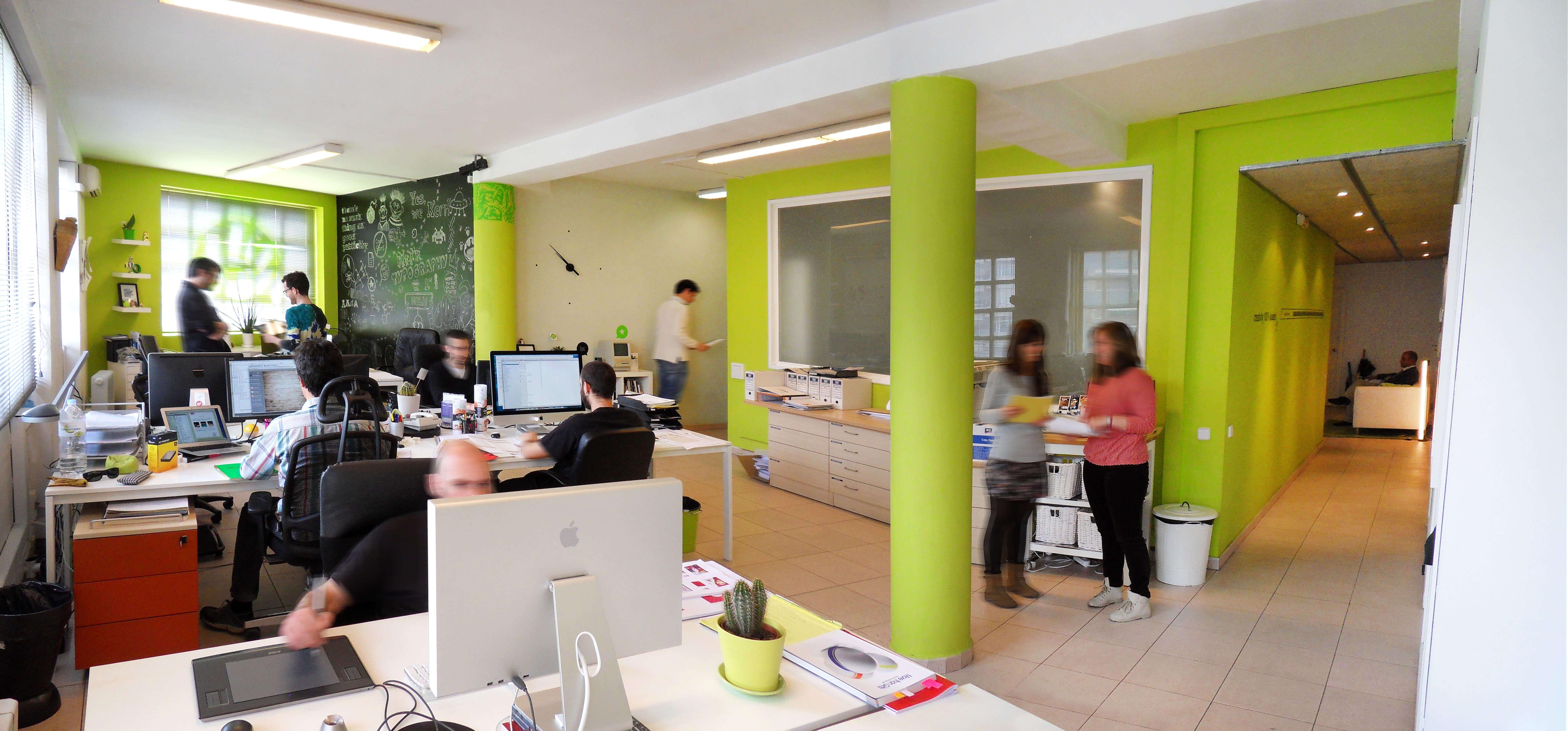 Mediactiu estudi disseny grafic - Entrevista de Aiject a Mediactiu, estudio de diseño gráfico en Barcelona