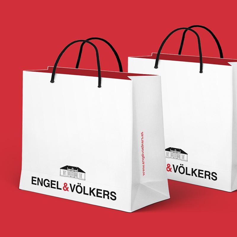 diseno de elementos coporativos inmobiliaria - Marketing y comunicación para Engel & Volkers