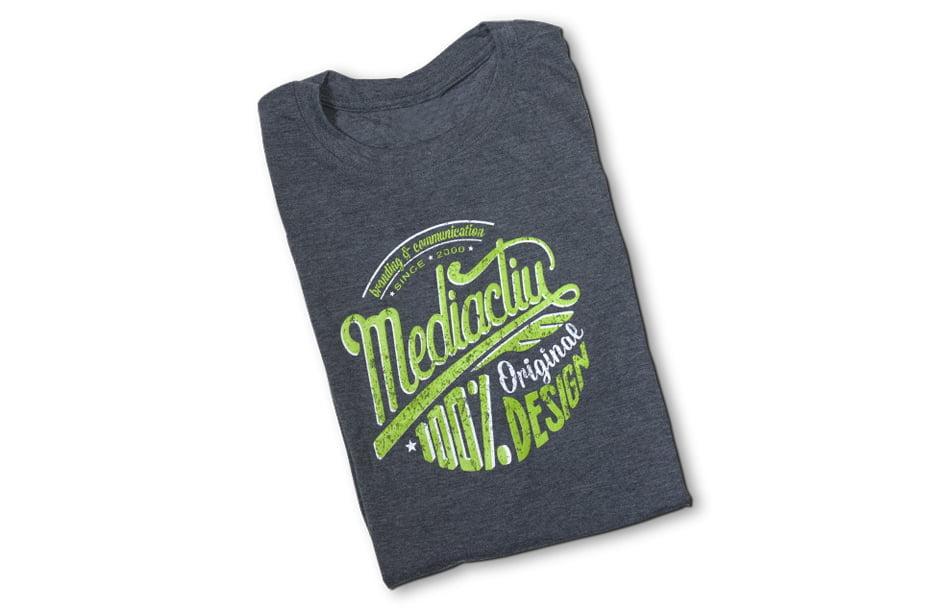 camiseta-branding-diseno-grafico-estudio-barcelona