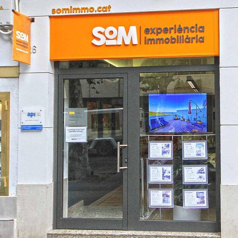 rotulacion oficinas inmobiliaria - Aplicación de Branding en oficinas inmobiliarias