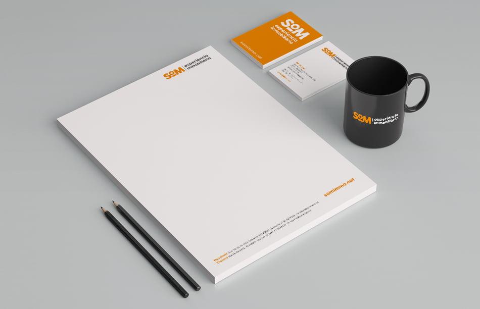 aplicacion branding elementos papeleria corporativa - Manual de identidad corporativa: ¿por qué es tan importante?