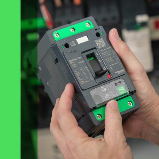 produccion de video de producto barcelona 550x550 - Vídeo Tutorial d'una APP de producte per a Schneider Electric