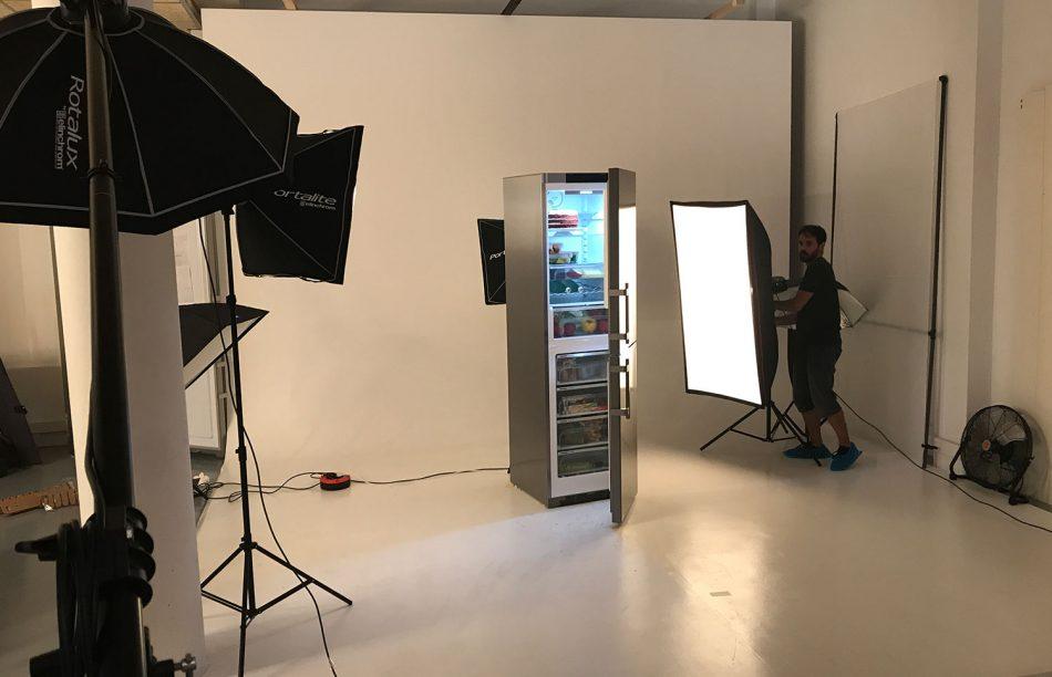 shooting neveras barcelona 1 950x612 - Sesión fotográfica de electrodomésticos