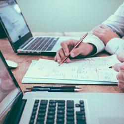 estudio de diseno barcelona 250x250 - La importancia de realizar una consultoría antes de iniciar un proyecto